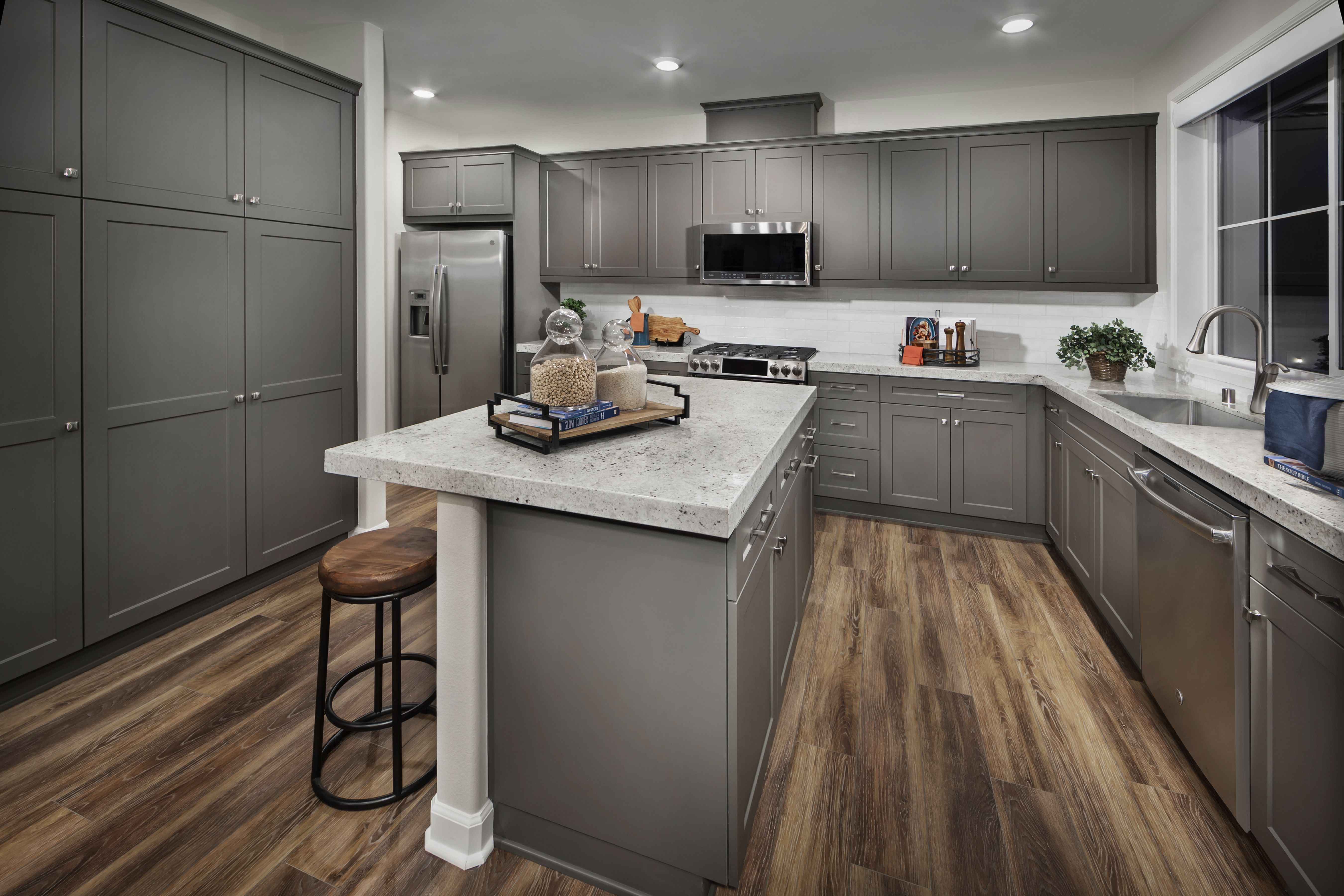 Grey Kitchen Cabinetry Type Of Vibes What Are Your Thoughts Magnolia Lomavista Yorbalinda Kitchen Kitchendecor Kit New Homes For Sale New Homes Lennar