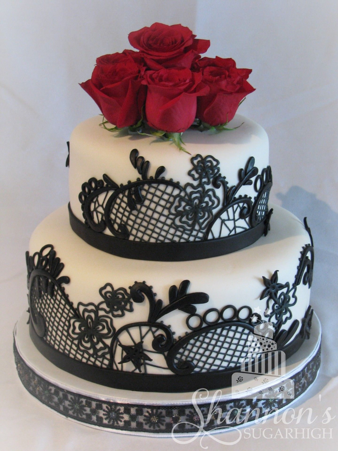 Black And White Wedding Cake With Red Roses On Top 2 Tier White