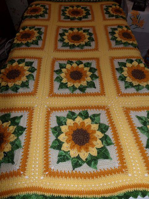 Ravelry Ruthl S Sunflower Afghan Crochet Flower Blanket Afghan Crochet Patterns Crochet Squares