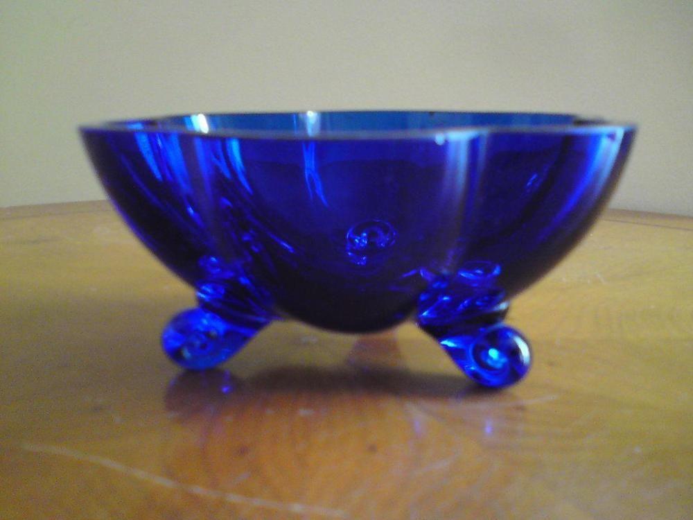A Bristol blue glass bon bon dish