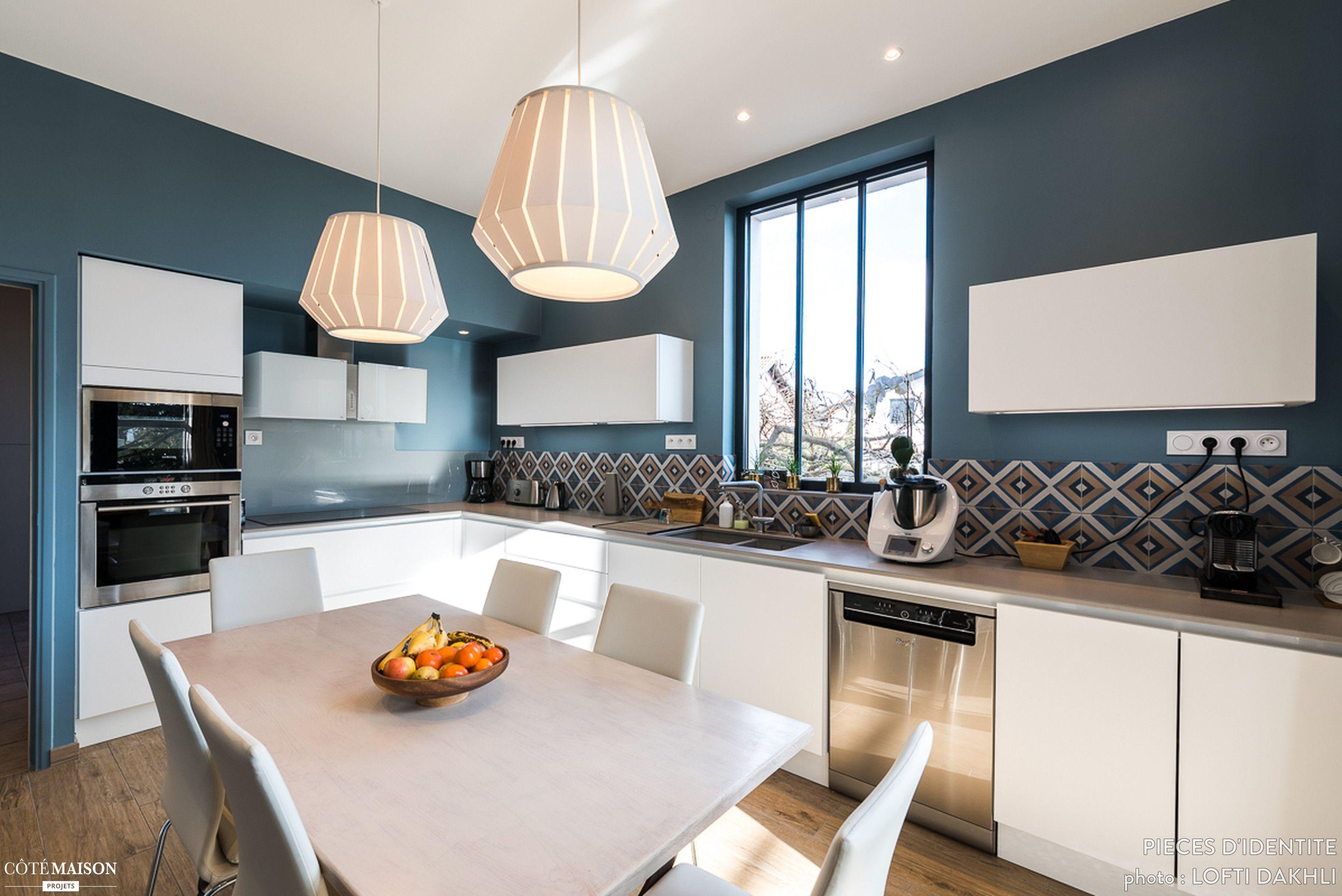 R novation cuisine contemporaine et douce dans maison bourgeoise pi ces d 39 identit c t - Cuisine maison bourgeoise ...