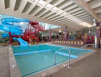 Pool At The Ramada Plaza Grand Rapids In Grand Rapids Michigan Hotel Indoor Waterpark Hotels And Resorts
