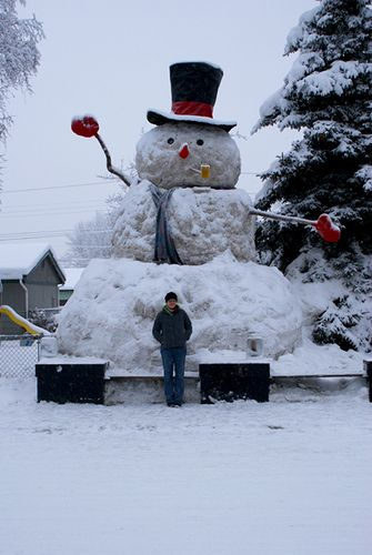 Madisons Headless Snowman As Big As >> 25 Ft Snowman Snow Ice Dreams Snowman Frosty The Snowmen