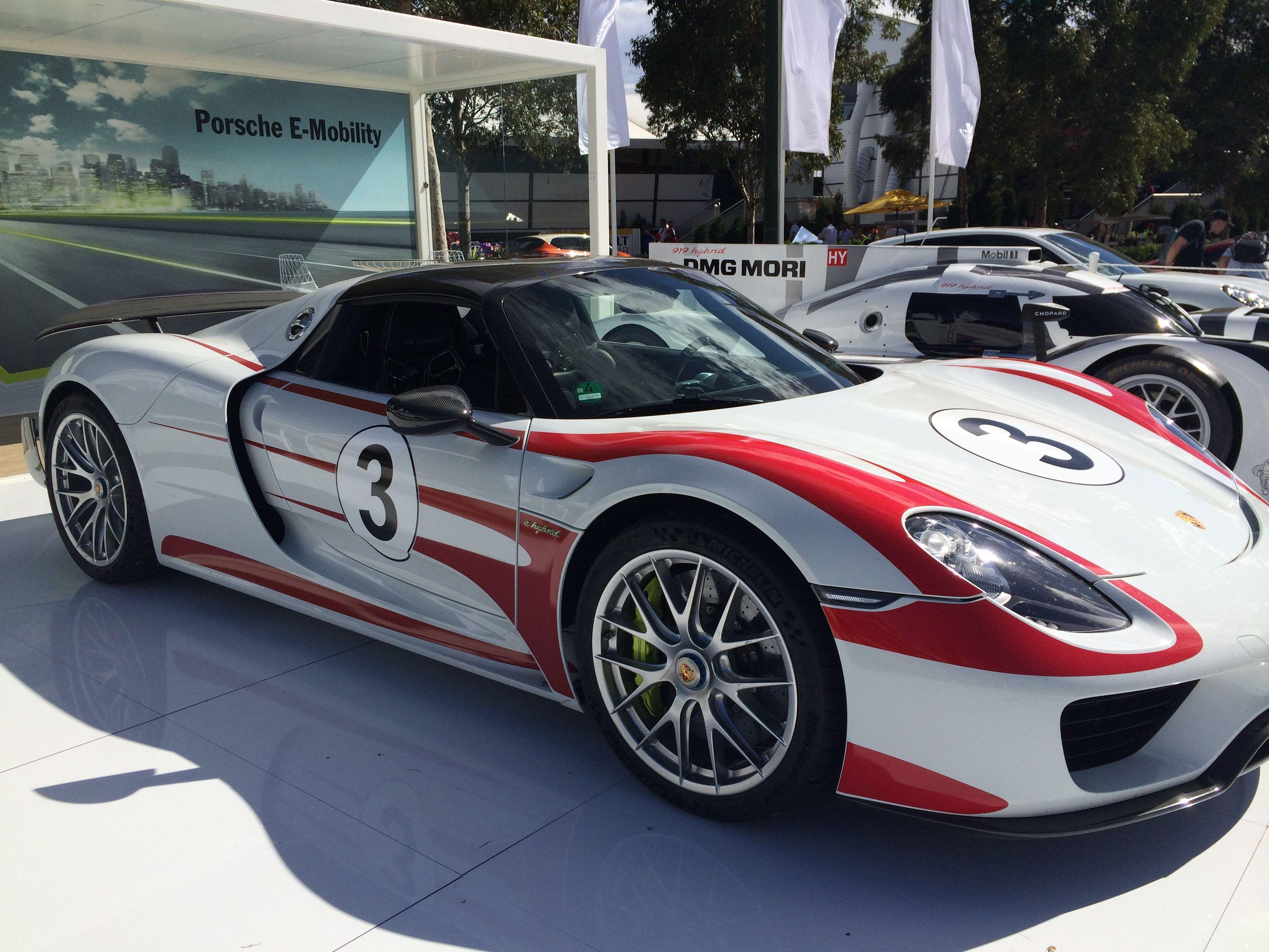 Porsche 918 Spyder 46L V8 447KW Engine Plus 210KW Electrice Power