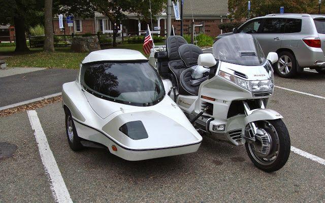THE STREET PEEP: 1998 Honda Goldwing with Hannigan Sidecar