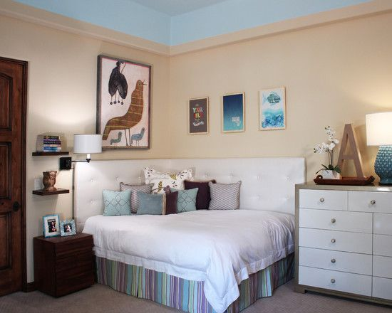 Contemporary Teenage Bedroom Designs With Beige Wall Paint Color - Triangle bedroom design