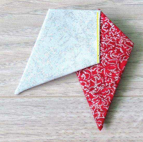 Folded Fabric Christmas Tree: Christmas Quilting Projects, Fabric
