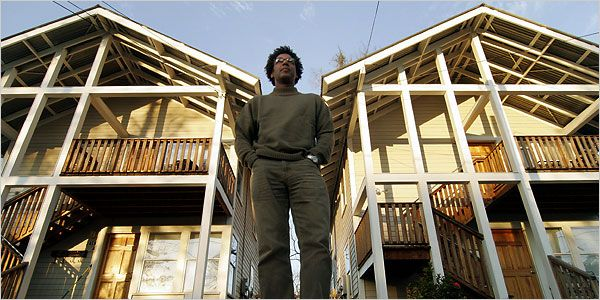 Project Row Houses - Rick Lowe - - Art - Report - New York Times
