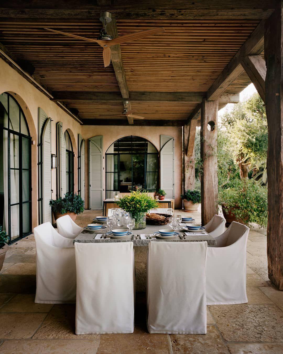 Veranda Magazine On Instagram When Texas Based Designer Kevinspearmandesign Was Enlisted To Remodel A Tuscan Style Ho Decor Boho Boffi Amenagement Interieur