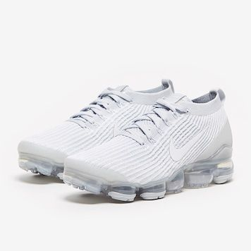 96 women's nike air vapormax flyknit 3 running shoes