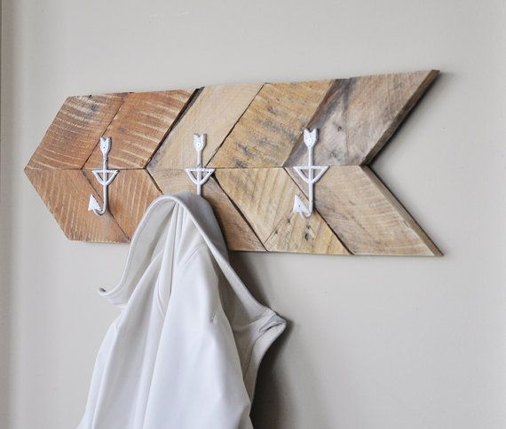 arrow coat rack reclaimed wood arrow coat rack by reclaimedlook bea s ding wandd. Black Bedroom Furniture Sets. Home Design Ideas