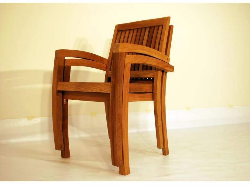Gartenstühle-stapelbar-Stuhl-mit-starkem-Holz | Tische und Stühle ...