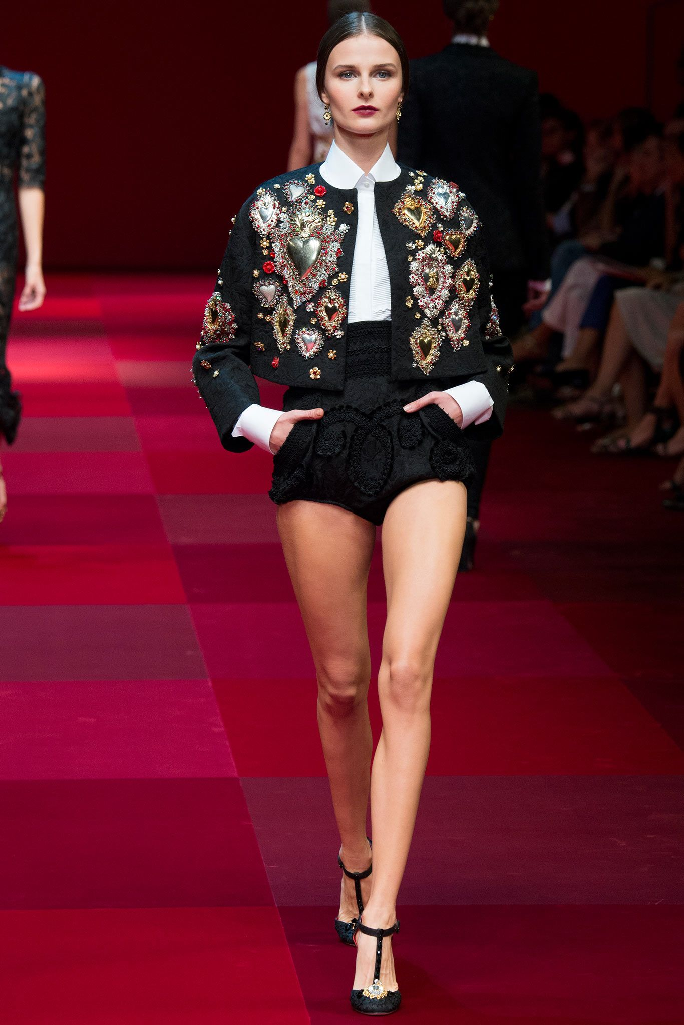 224361b41861 Dolce & Gabbana Spring 2015 Ready-to-Wear - Collection - Gallery - Style.com