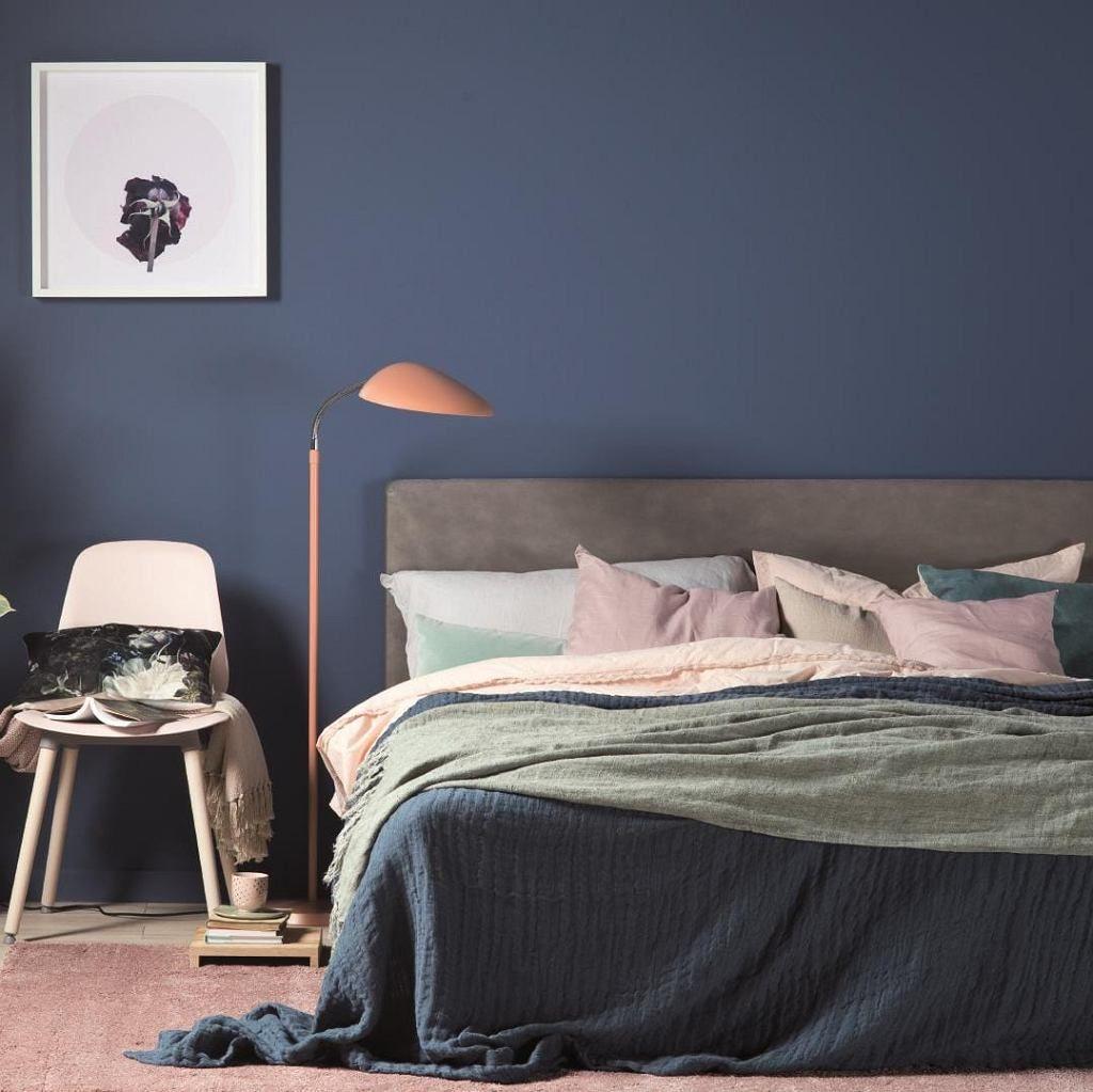 Kolor ścian Do Sypialni Granat Sypialnia W 2019 Kolory