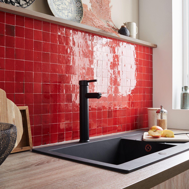 Cuisine Bois Rouge Campagne Decoration Interieure Cuisine Carrelage Mural Carrelage Rouge