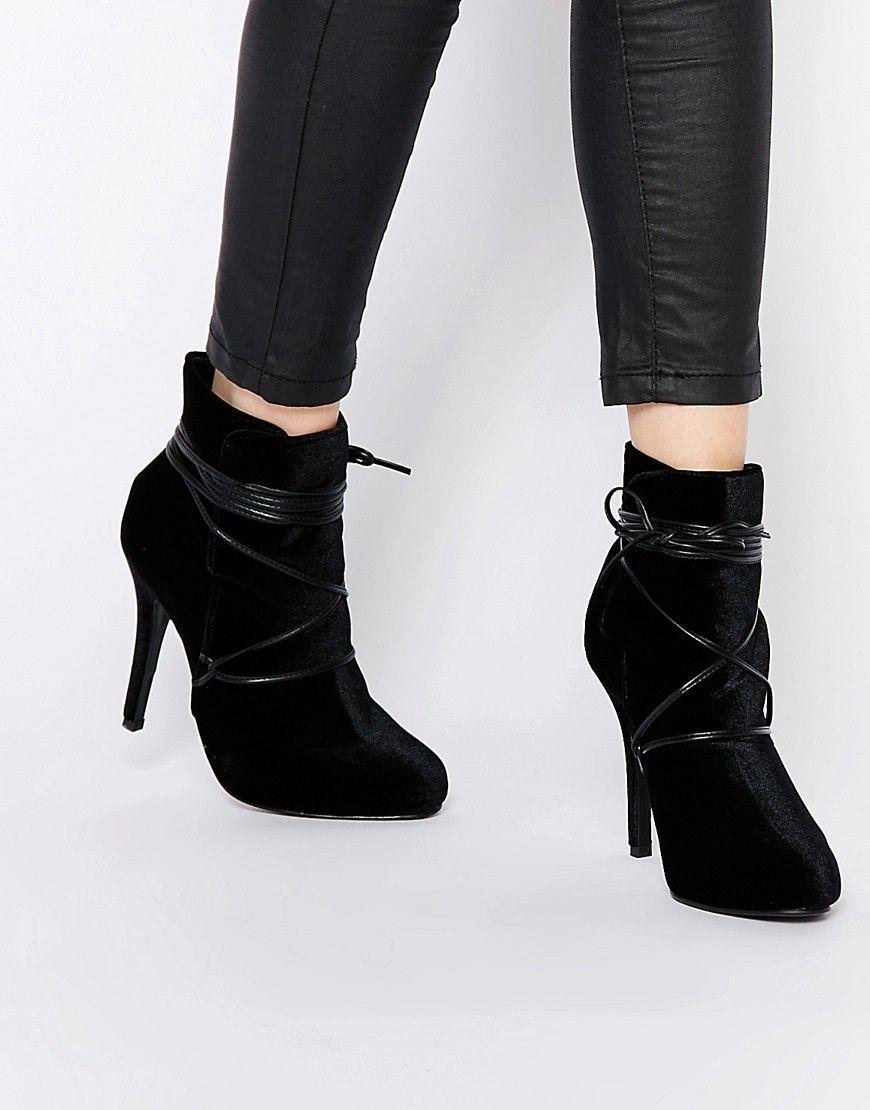 New Look – Ankle-Boots aus Samt mit Wickeldesign