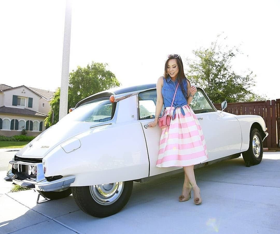 citroen ladies: Photo | Citroen, Classic cars, Car girls