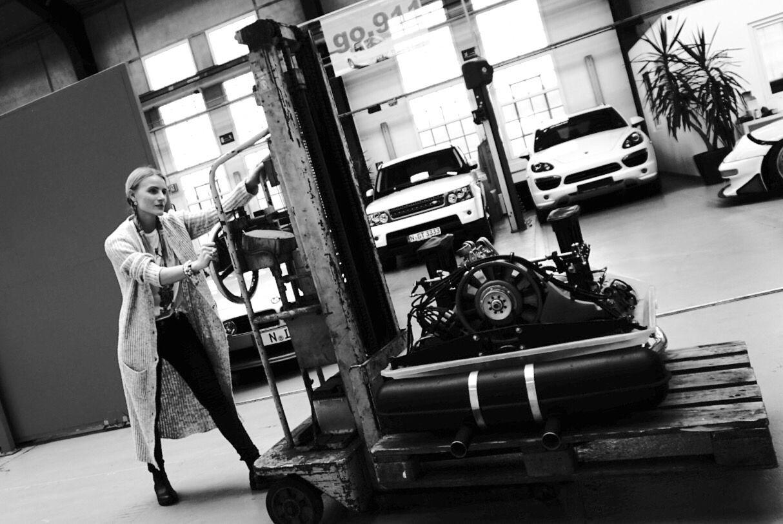 New fashion look - more on my #blog mmsimplylife.com #fashion #blogger #style #tips #look #fashionblogger #daily #inspiration #blackandwhite #lifestyleblogger #de_blogger #traveler #art #photographer #car #porsche