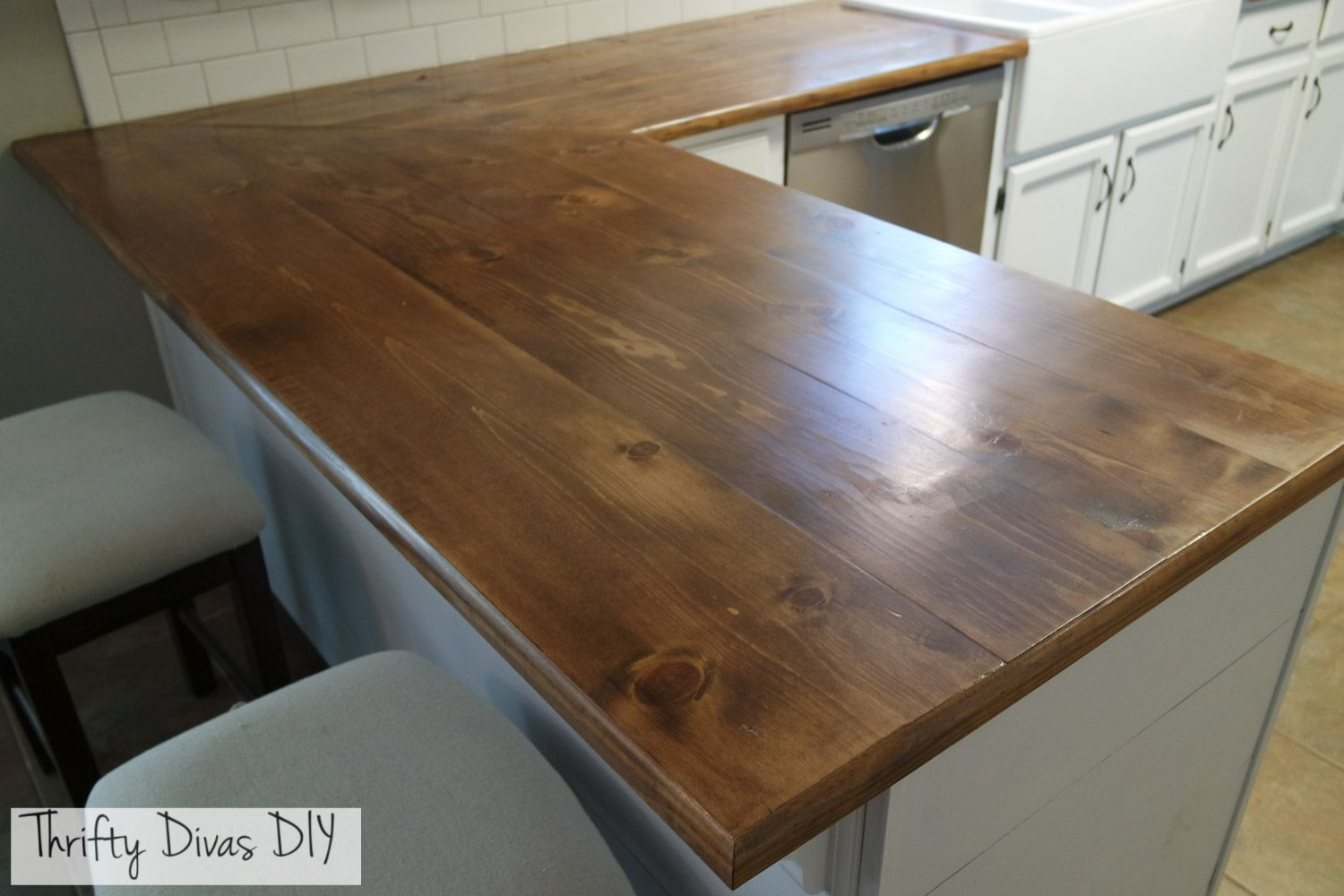 Thrifty Divas Diy Wide Plank Butcher Block Countertops Diy Countertops Diy Butcher Block Countertops Kitchen Interior