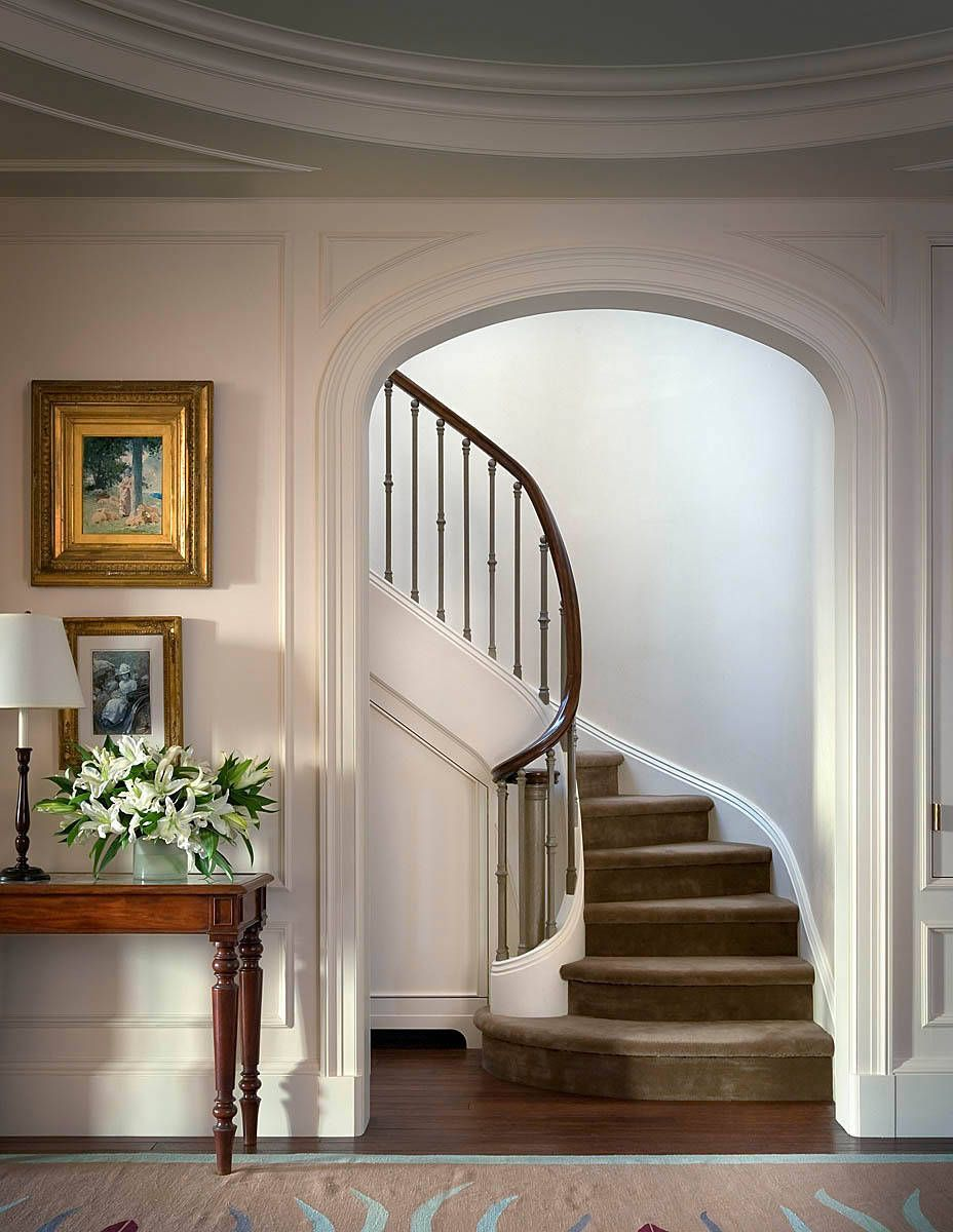 Best Foyer – Great Example Of An Impressive Way To Welcome Guests Not Every Railing Is The Same 400 x 300