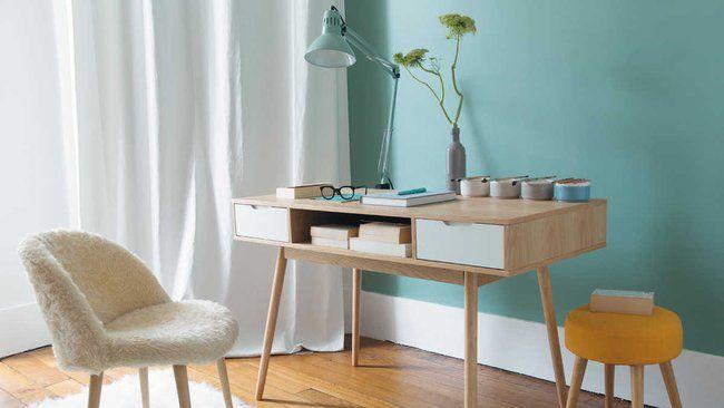 Déco scandinave : quelles couleurs associer avec des meubles en bois