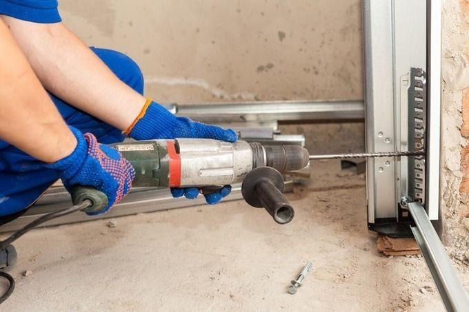 Garage Door Opener Repair Fort Collins in Colorado http://sco.lt/...