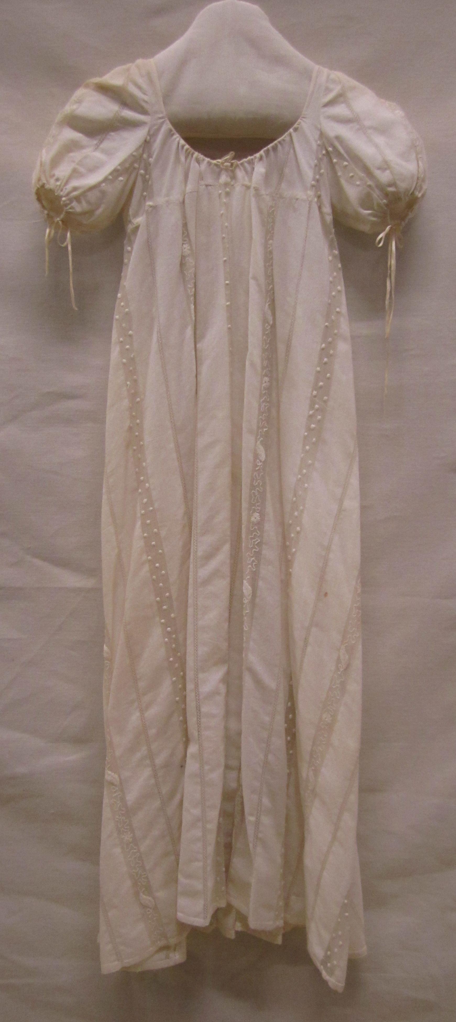 Japon | gown, ca. 1810, ingeweven open strepen | interwoven open stripes, Gemeentemuseum Den Haag. #gemeentemuseum #modemuze #janeausten