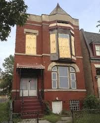 Image Result For Condemned Building Chicago Red Brick House Old Abandoned Buildings Abandoned Houses