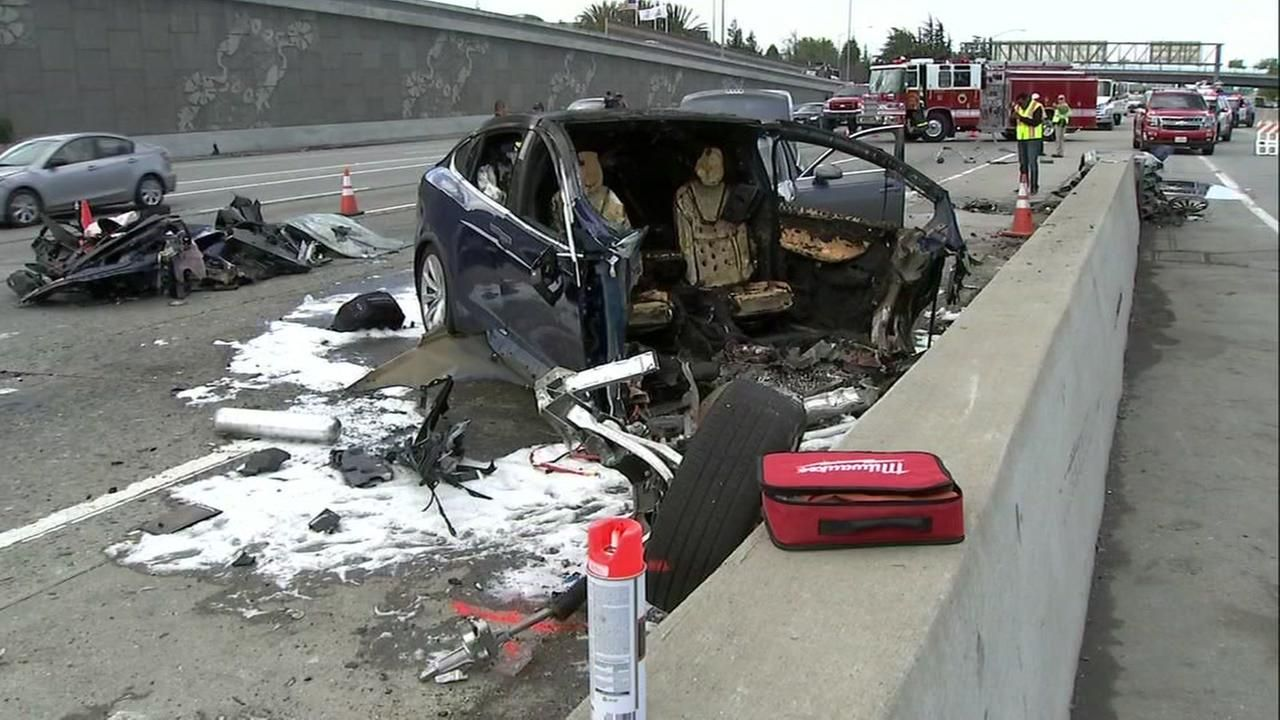 Tesla says Autopilot was on during deadly Bay Area crash ...