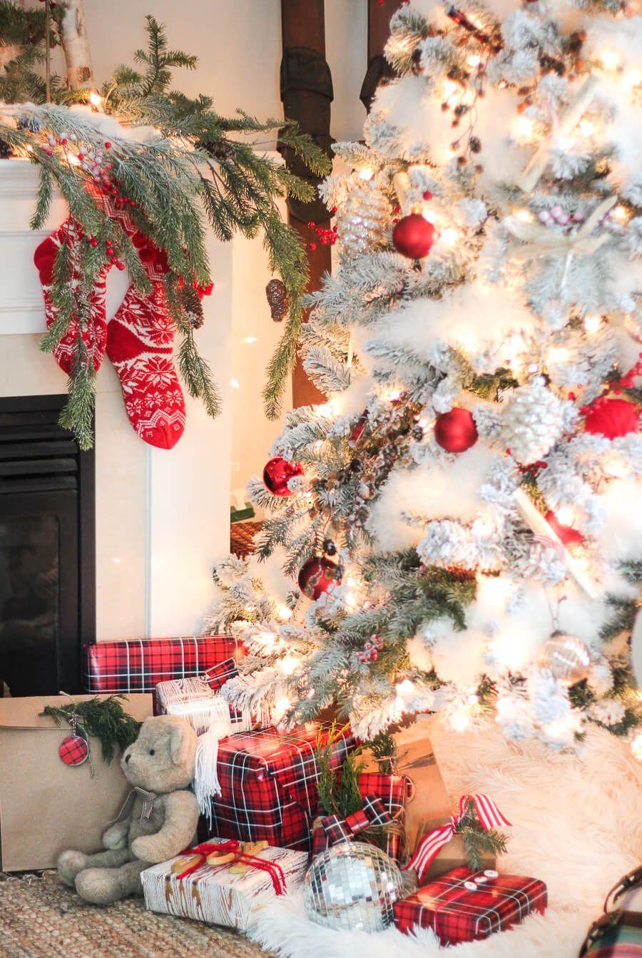 Albero Natale Decorato Rosso 40+ red christmas decor ideas to get everyone into the