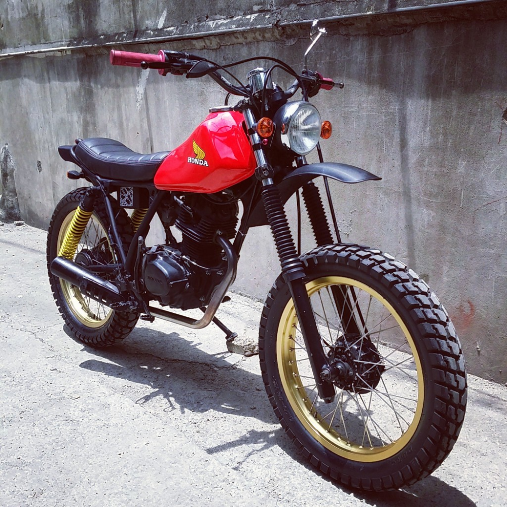 Bike Feature Revolt Cycles Honda Xl125 Rvlt08 Cafe Racer Philippines In 2020 Cafe Racer Moto Honda Bikes Honda Scrambler