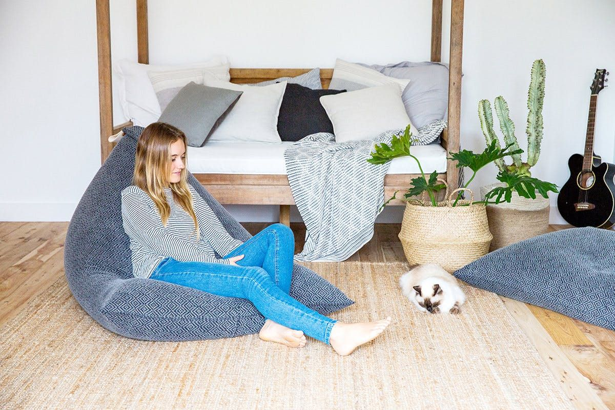 Zilalila Bean Bag : Believe it or not surprisingly stylish beanbag chairs