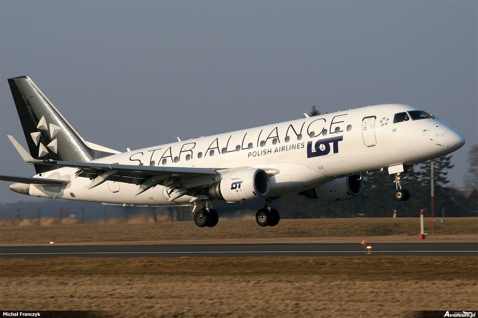 Embraer 170-100ST, lokalizacja: Gdańsk - Port lotniczy im. Lecha Wałęsy (EPGD), autor: Michał Franczyk