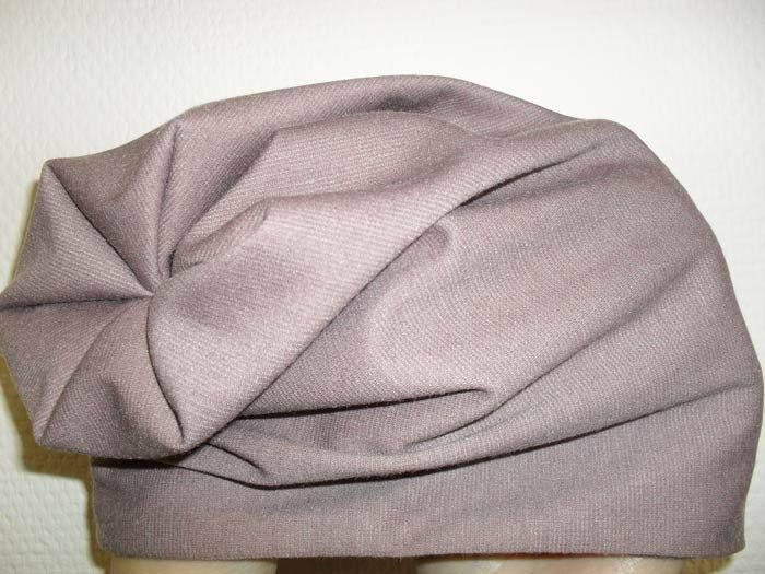 Сшить своими руками трикотажную шапочку