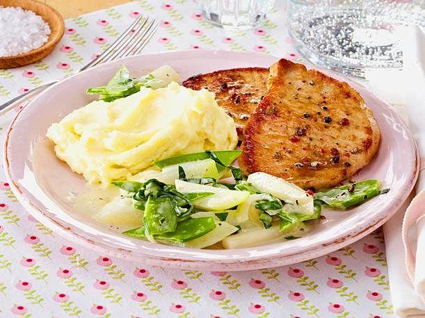 Minutensteaks mit Sahne-Kohlrabigemüse Rezept | LECKER #menus