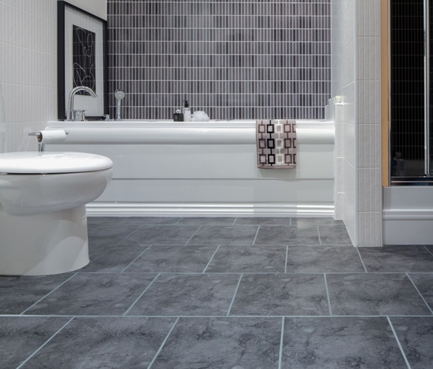 Awesome Gray Bathroom Tile Floor Grey Bathroom Floor Tiles For ...