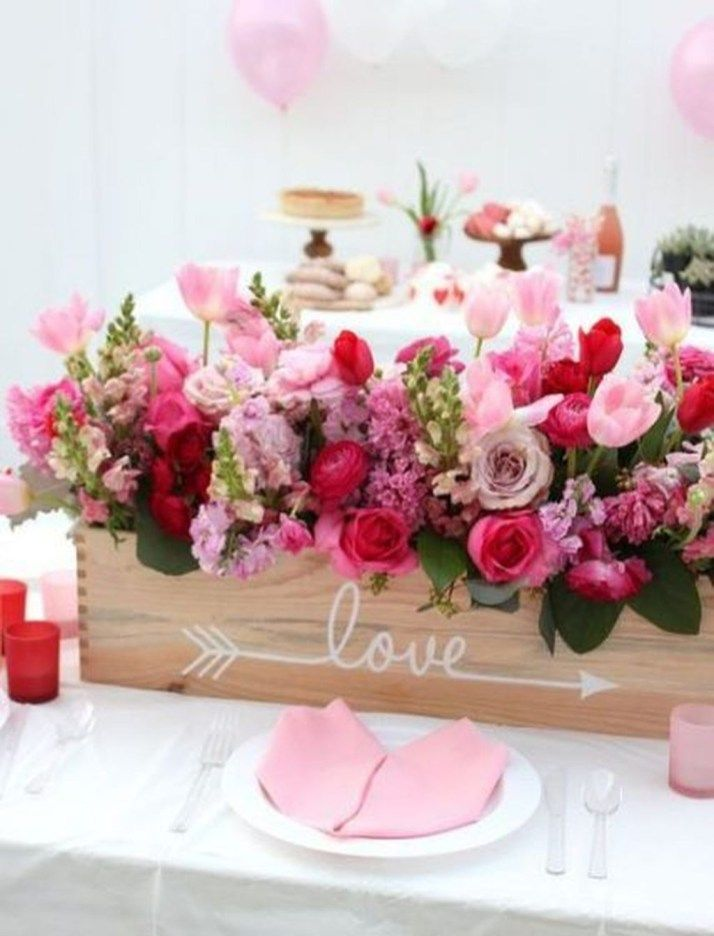 Latest Valentines Day Flower Ideas As Valentines Gift To Have39 Diy Valentine S Day Decorations Valentine Centerpieces Valentine Day Table Decorations