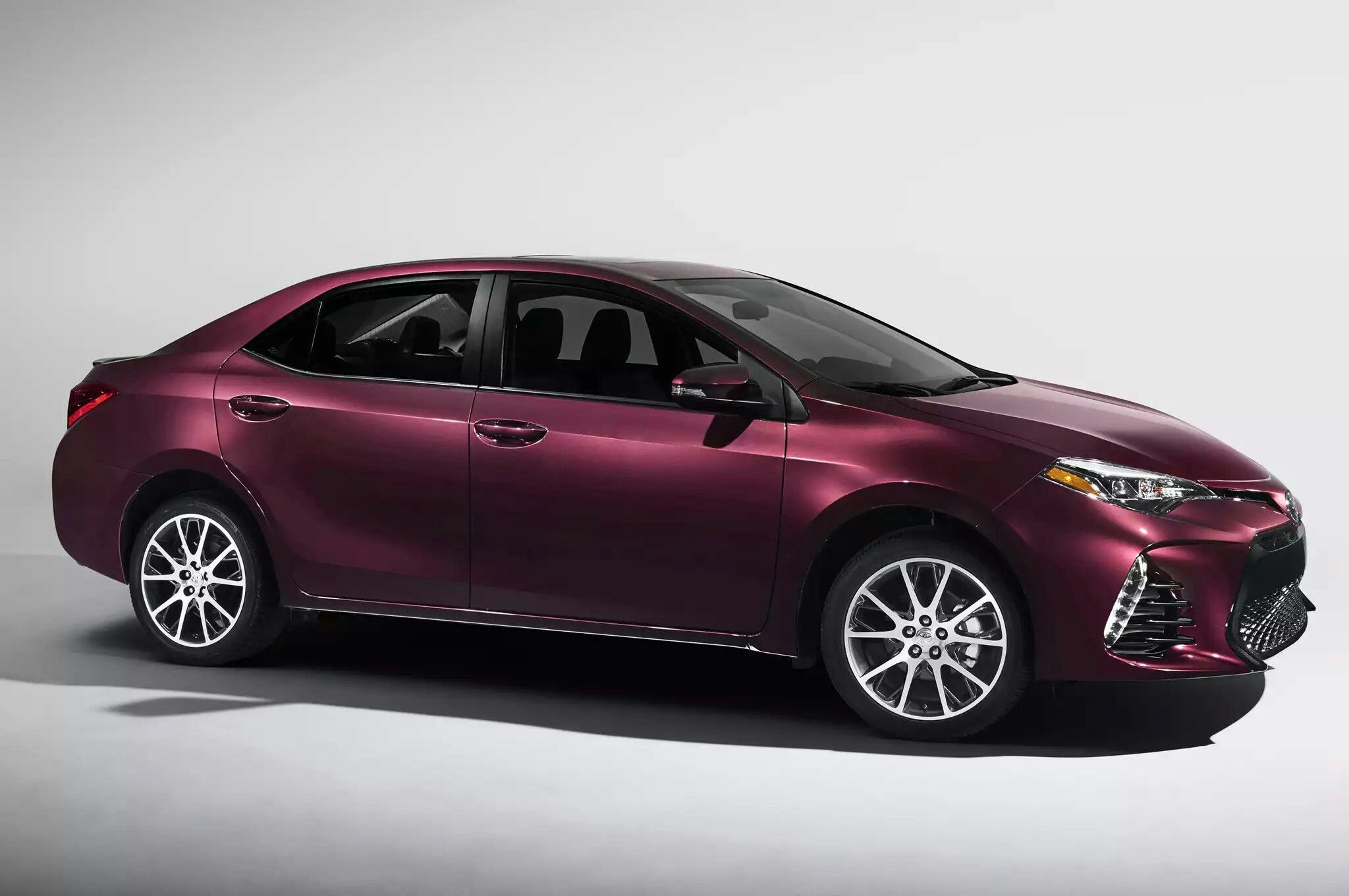 2017 toyota corolla redesign and release date