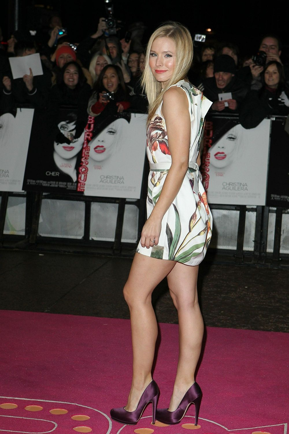 meet separation shoes new product Kristen Bell Still Has Great Celebrity Legs in High Heels ...