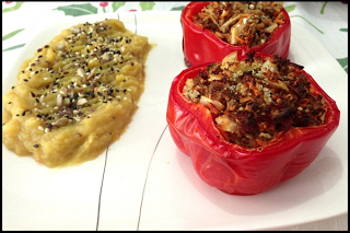 Pimentão Recheado e Purê de Legumes