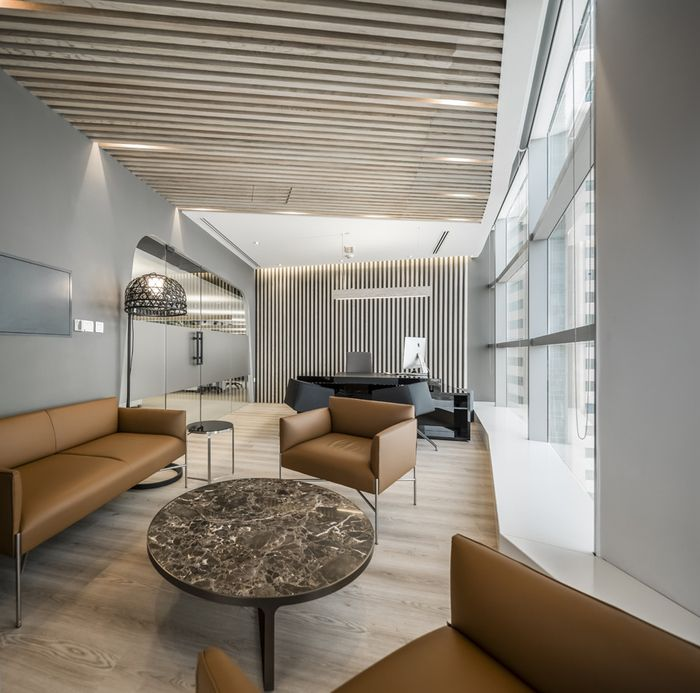 Office Tour: PropertyFinder Offices – Dubai