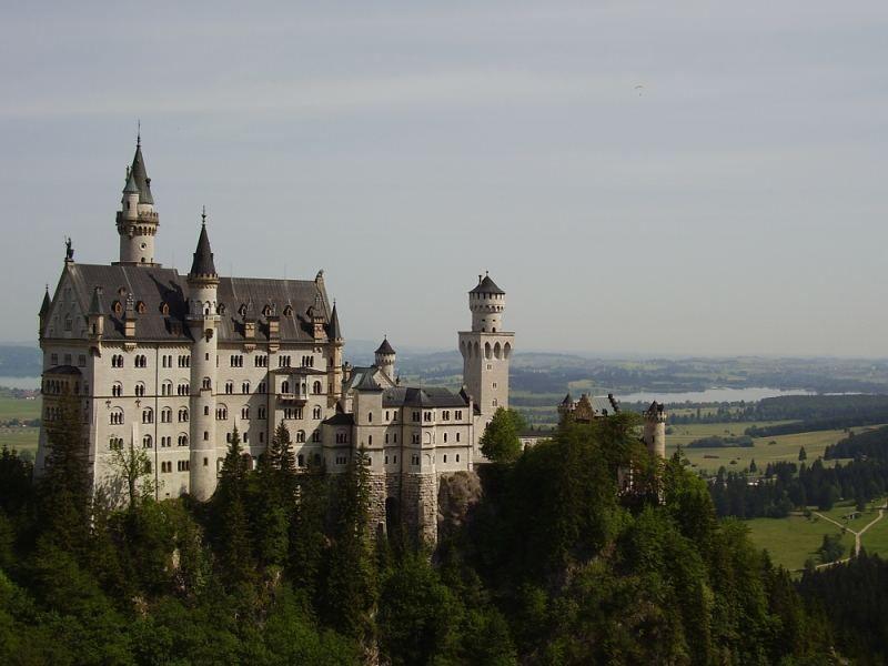Bau Ein Schloss Wie Ein Traum Hat Er Unser Beitrag Zu Unserem Adventskalender Ist Fur Heute Schl Schloss Neuschwanstein Neuschwanstein Sehenswurdigkeiten