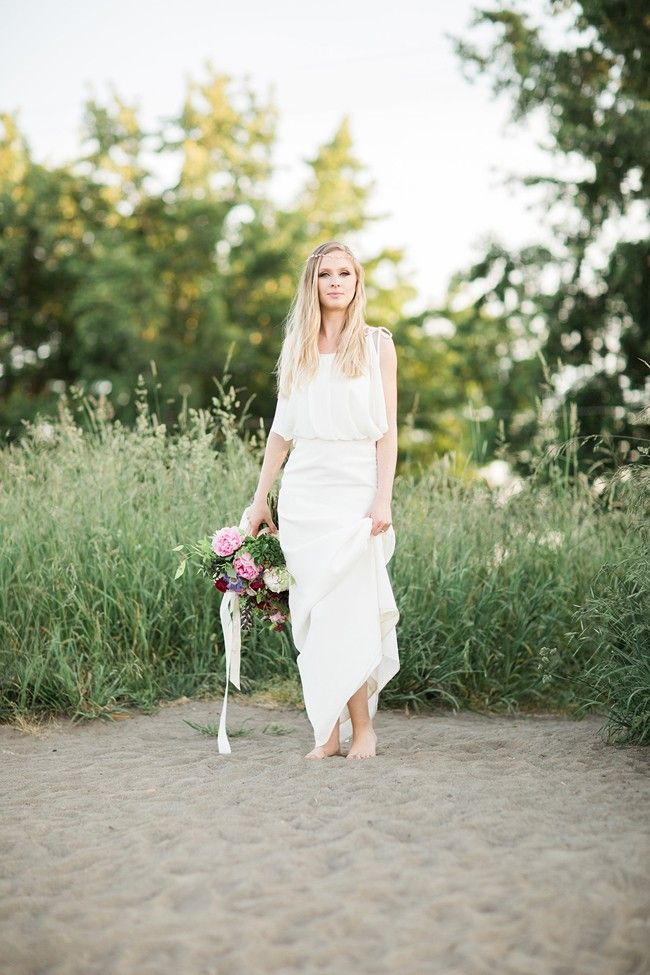 Bohemian Bridal Shoot - http://fabyoubliss.com/2015/07/17/bohemian-beach-bridal-shoot
