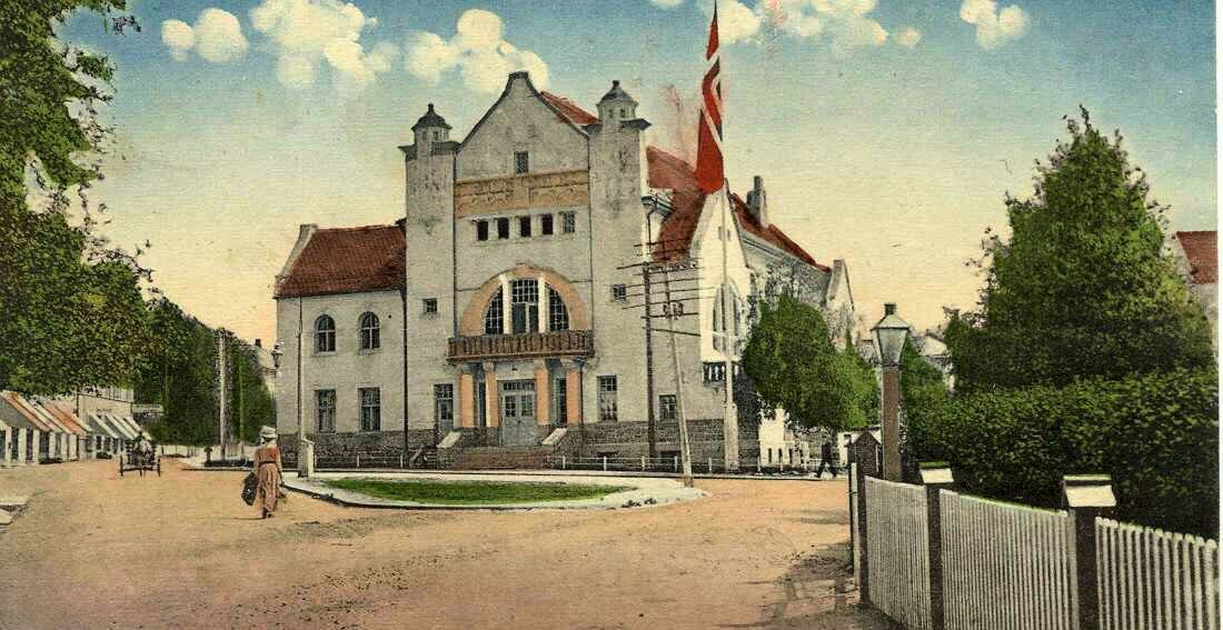 Hedmark fylke Elverum Sjeldent bilde der Elvarheim er håndkolorert. a/s Abel Christiania. Før 1910.