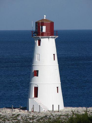Lighthouse, Nassau, Bahamas ..rh