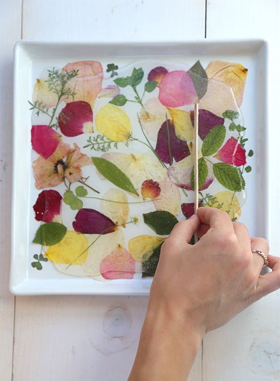 Diy Pressed Rose Petal Tray Flower Crafts Crafts Diy Roses