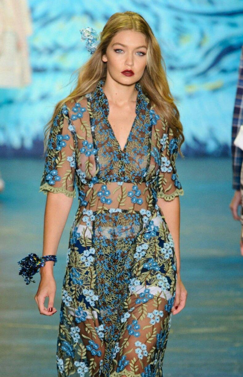 Pin on Beauty & Fashion / Gigi Hadid