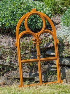 Rostiges Eisenfenster mit Rundbogen Gusseisen für Gartenmauern /& Stallfenster