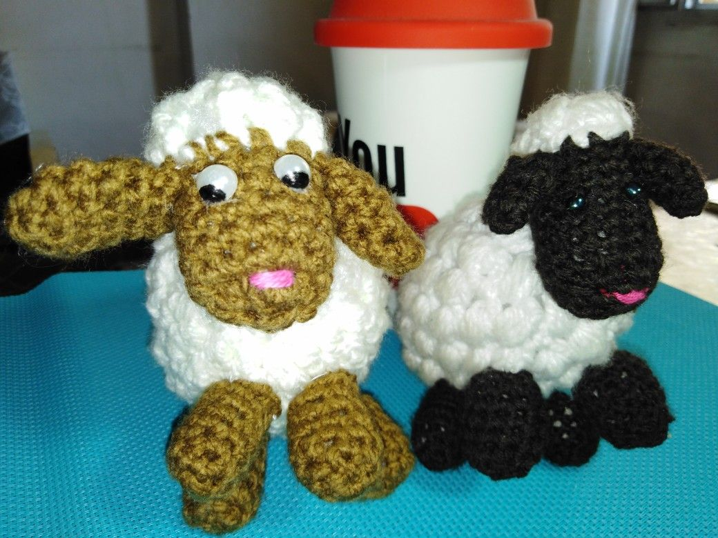 Pin By Amany Edward ابله ظاظا On ورش عمل خروف Crochet Necklace Crochet Jewelry