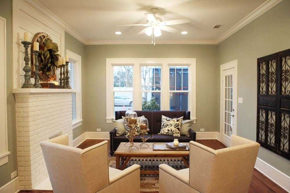 Fixer upper sherwin williams silver strand furniture for Upper living room designs